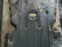 Scut motor BMW E 90 seria 3