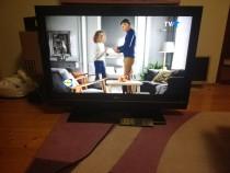 "Televizor lcd LG 94 cm 37"" cu mic defect"