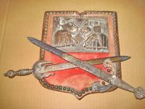 B971-Panoplie Cavaleri in Lupta Sabii incrucisate bronz.