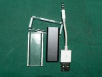 IPod shuffle 3 de 2GB negru. (cablu, husa)