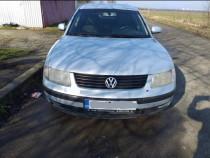 Volkswagen Passat 1.6 benzina, stare foarte bună