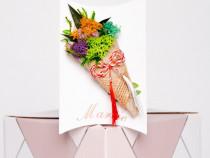 Mărțișor buchețel de flori