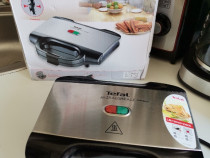 Sandwichmaker Tefal nou nouț la cutie produs de calitate.