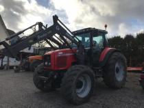 Tractor Massey-Ferguson 8220