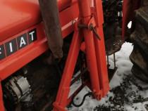 Incarcator tractor fiat