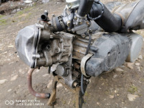Dezmembrez motor complet pt scutere Aprilia Leonardo rotax