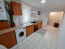 Apartament 2 camere renovat+utilat+pod mansardabil Central