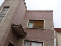 Casa cu 4 camere cu garaj si beci in duplex in Deva