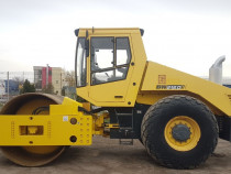 Inchiriez cilindru compactor BOMAG BW 216 D-3