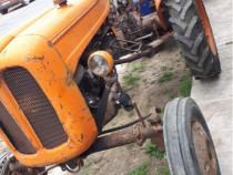 Tractor fiat 215