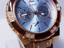 Ceas de damă Guess W0775L7
