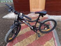 Bicicletă băieți 7-10 ani