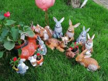 Decorațiuni de grădină din ceramică
