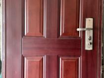 Ușa metalică de exterior