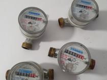 4 Contoare apa germane marca Zenner - 2 de calda, 2 rece.