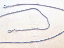 C623- Lant dama lung ceas buzunar alama argintata.