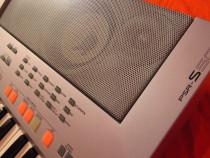 Orga Yamaha PSR-S500 functionala dar cu display defect Buc