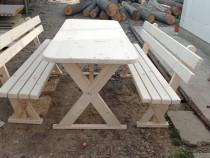 Masa cu banci din lemn!