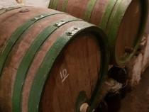 6 Butoaie lemn de stejar 100-130 de litri, in stare perfecta