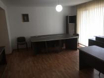 Apartament mobilat pentru birou