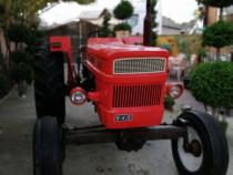 Tractor Fiat 640 cu servo