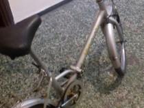 Bicicleta pliabila cu, cauciucuri BMX, functioneaza perfect