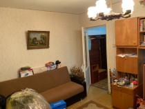 Apartament 3 camere semidecomandat Malu Rosu