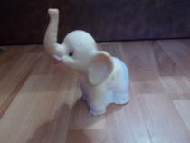Figurina / Papusa aradeanca - elefant, cu dimensiunea de 16