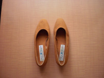 2 perechi de pantofi ieftini si comozi