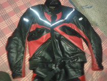 Costum Moto piele ,mar. xl