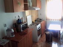 Inchiriez apartament cu 2 camere Lunei