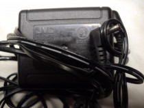 Incarcator-Alimentator Camera Video Original JVC 11V, 1A