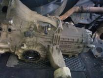 Cutie viteza Audi A6 Break ,motor 1,8 , T benzina an 1998