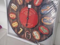 Ceas vintage de pus pe perete,produs de calitate
