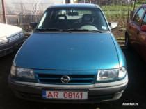 Dezmembrez Opel Astra F -1, 8 Benz