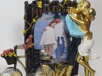 Statuie deosebita cuplu cu rama foto
