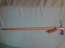 Alpenstock bavarez din lemn lungime 89 cm . ideal panoplie