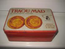 2862-Traou Mad Cutie colectie metal veche de biscuiti.