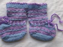 Şosete bebe, tricotate manual