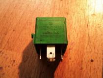 Releu verde 5 pini mercedes-benz a-class w168 a160 an 1999