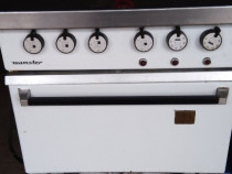 Mașină de gătit