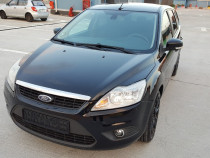 Ford Focus . An 2011 . Euro 5 . Model Face Lift . 1.6 Diesel
