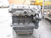 Dezmembrez motor Deutz Lombardini F4M1008 (28 Cp)