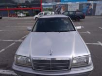 Mercedes C-Klasse C180