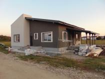 Casa parter + M 2018 cu 4 camere 2 bai terasa garaj Gulia