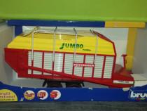 Bruder- remorca de colectat si transportat paie jumbo 6600