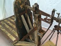 Cantar vechi, antic,din lemn masiv si fier, multe modele