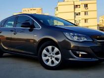 Opel Astra. An 2015. Cosmo. Full Piele. Navi Mare. BiXenon