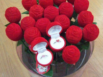 Cutie cutiuta pt inel logodna cercei in forma de trandafir