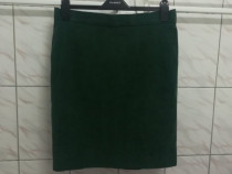 Fusta spandex verde marimea M - Noua